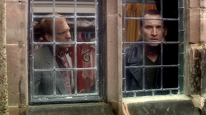 doctor who father's day review ninth doctor christopher eccleston pete tyler shaun dingwall church reapers paul cornell joe ahearne series 1