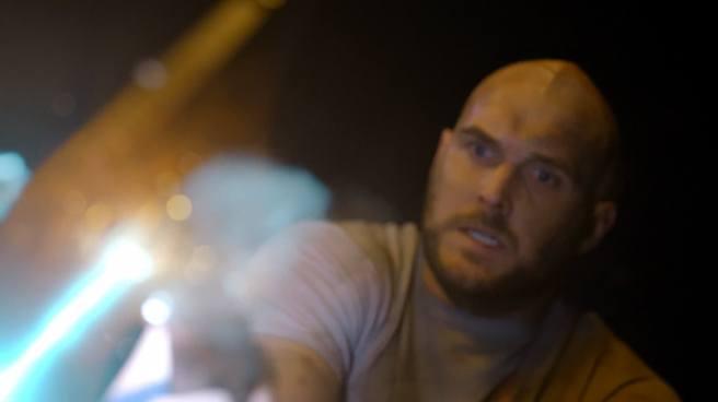 supergirl review pilot vartox axe owain yeoman feminism monster fight scene melissa benoist kara danvers arrowverse cbs