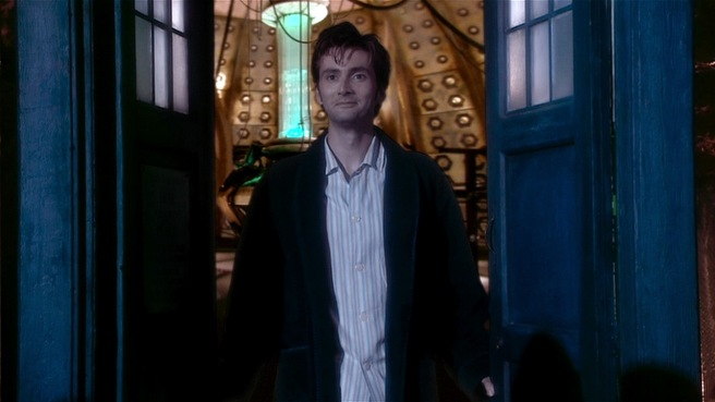 doctor who the christmas invasion tenth doctor david tennant pyjamas sycorax satsuma arthur dent tardis did you miss me wake up tea