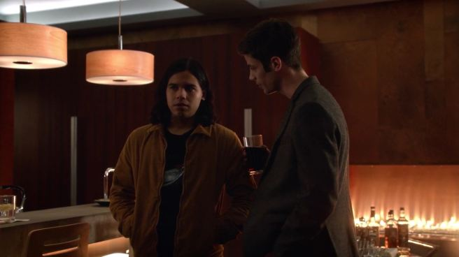 the flash review barry allen grant gustin cisco ramon carlos valdes legends of tomorrow