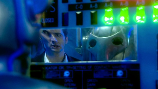 doctor who age of steel review tenth doctor cybermen graeme harper tom macrae reflection distortion emotion chip parallel world john lumic