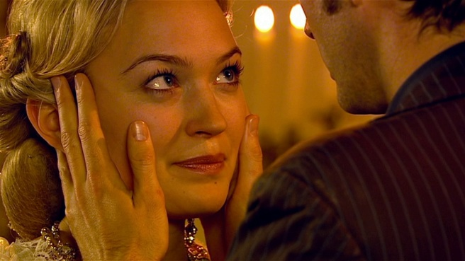 doctor who the girl in the fireplace review sophia myles madame de pompadour renette poisson mindmeld lonely little boy
