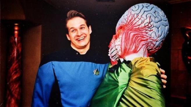 bryan fuller star trek uniform discovery voyager deep space nine cosplay costume blue shirt medical sciences alien