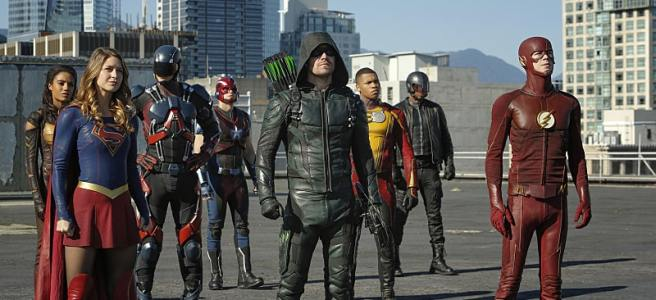 arrow the flash supergirl legends of tomorrow invasion crossover group show heroes dc cw crossover