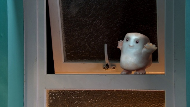 partners in crime doctor who review adipose miss foster sarah lancashire cute russell t davies james strong window wave adipose fat