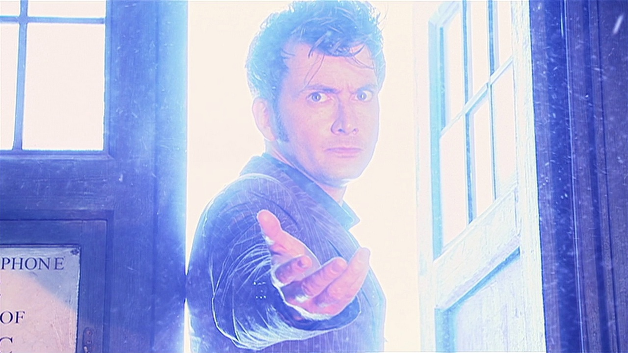 the fires of pompeii doctor who review david tennant tenth doctor tardis outstretched hand save me james moran colin teague