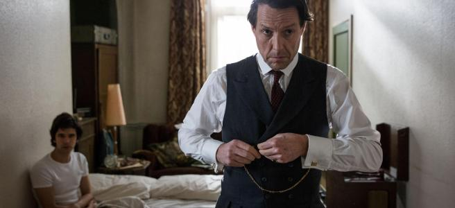 a very english scandal hugh grant jeremy thorpe ben whishaw norman scott russell t davies stephen frears review both victims bbc one amazon