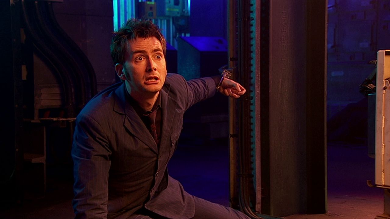 doctor who review forest of the dead tenth doctor david tennant handcuffed river song dies alex kingston spoilers you watch us run steven moffat