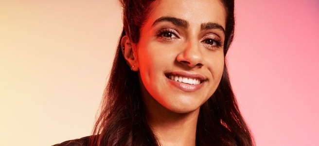 doctor who mandip gill series 13 yaz khan interview five dates suspicion apple uma thurman chris chibnall